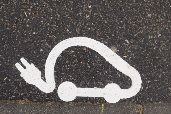 Borne de recharge pour véhicules électriques